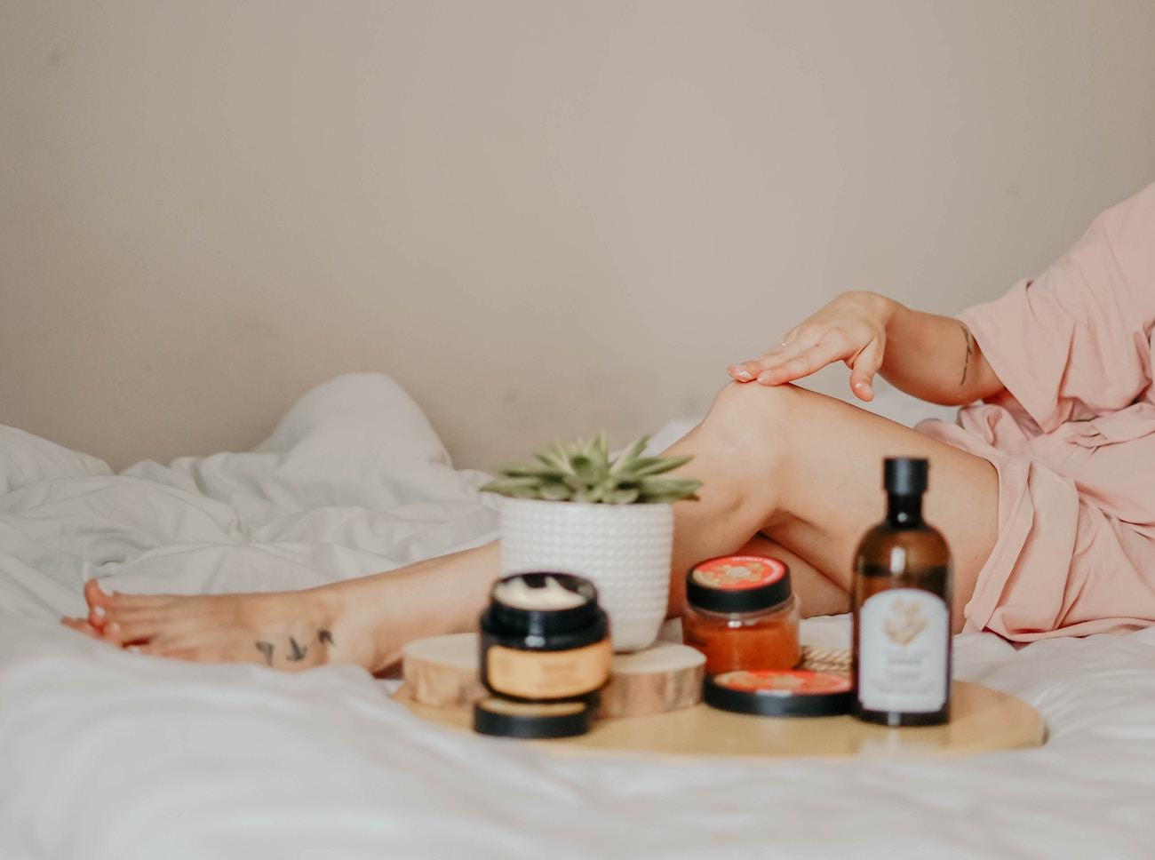 Massage - Unsplash - Toa Heftiba