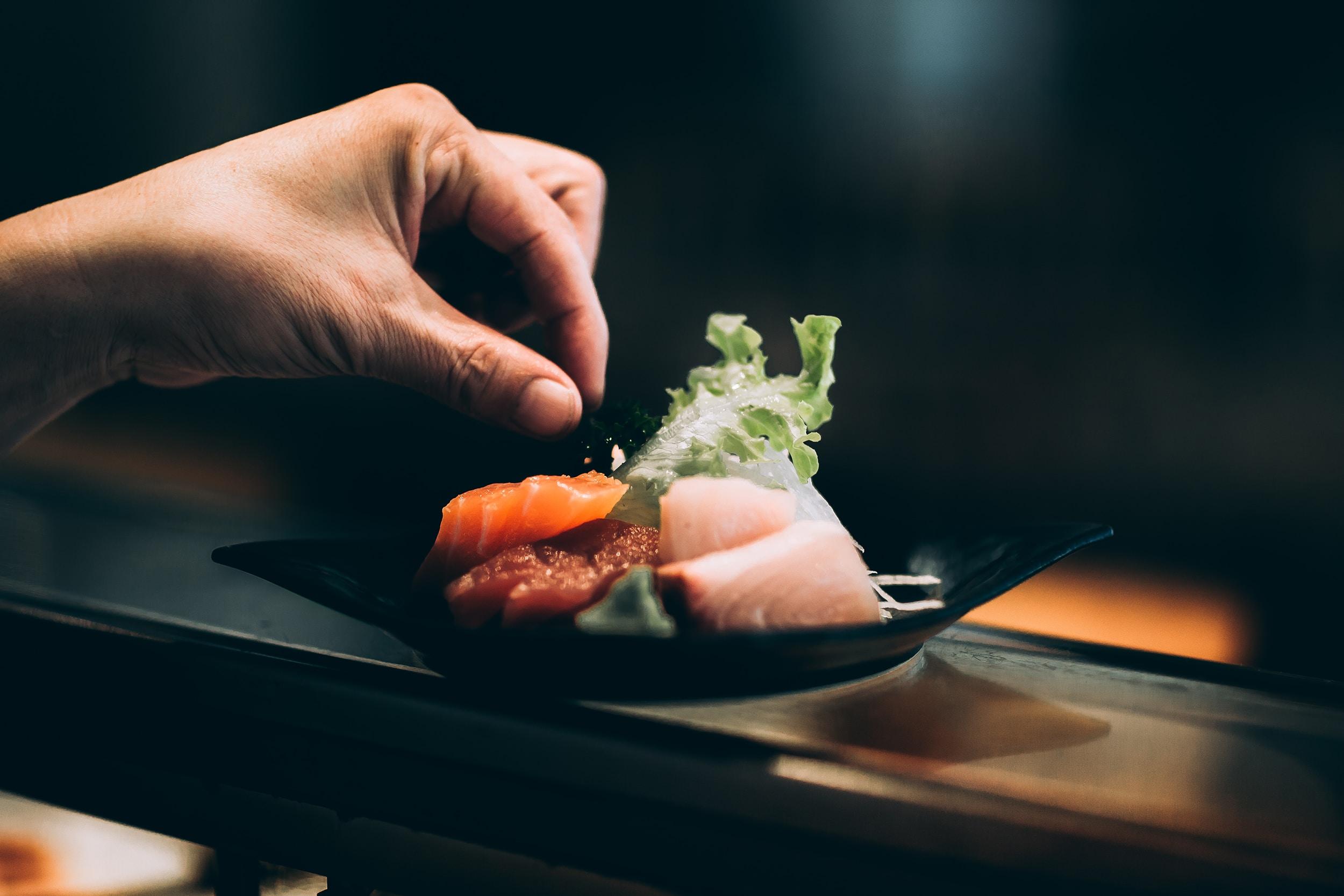 sushi shop unsplash kyle head