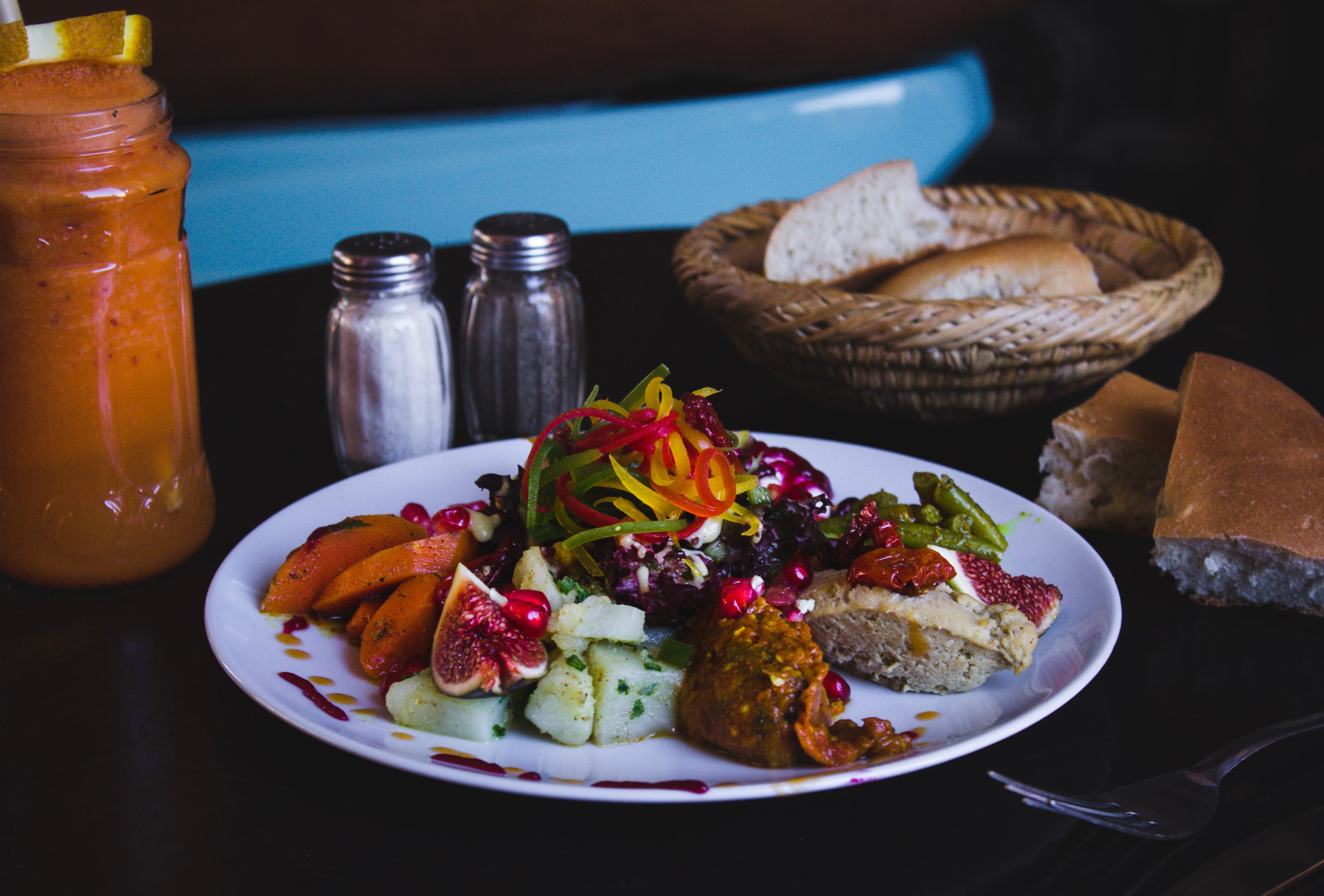 repas syrien - Unsplash - Louis Hansel