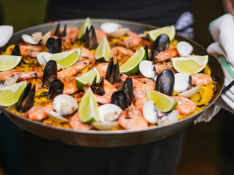 Samëlla - resto espagnol - paella - Visé - Unsplash - Kaitlin Dowis