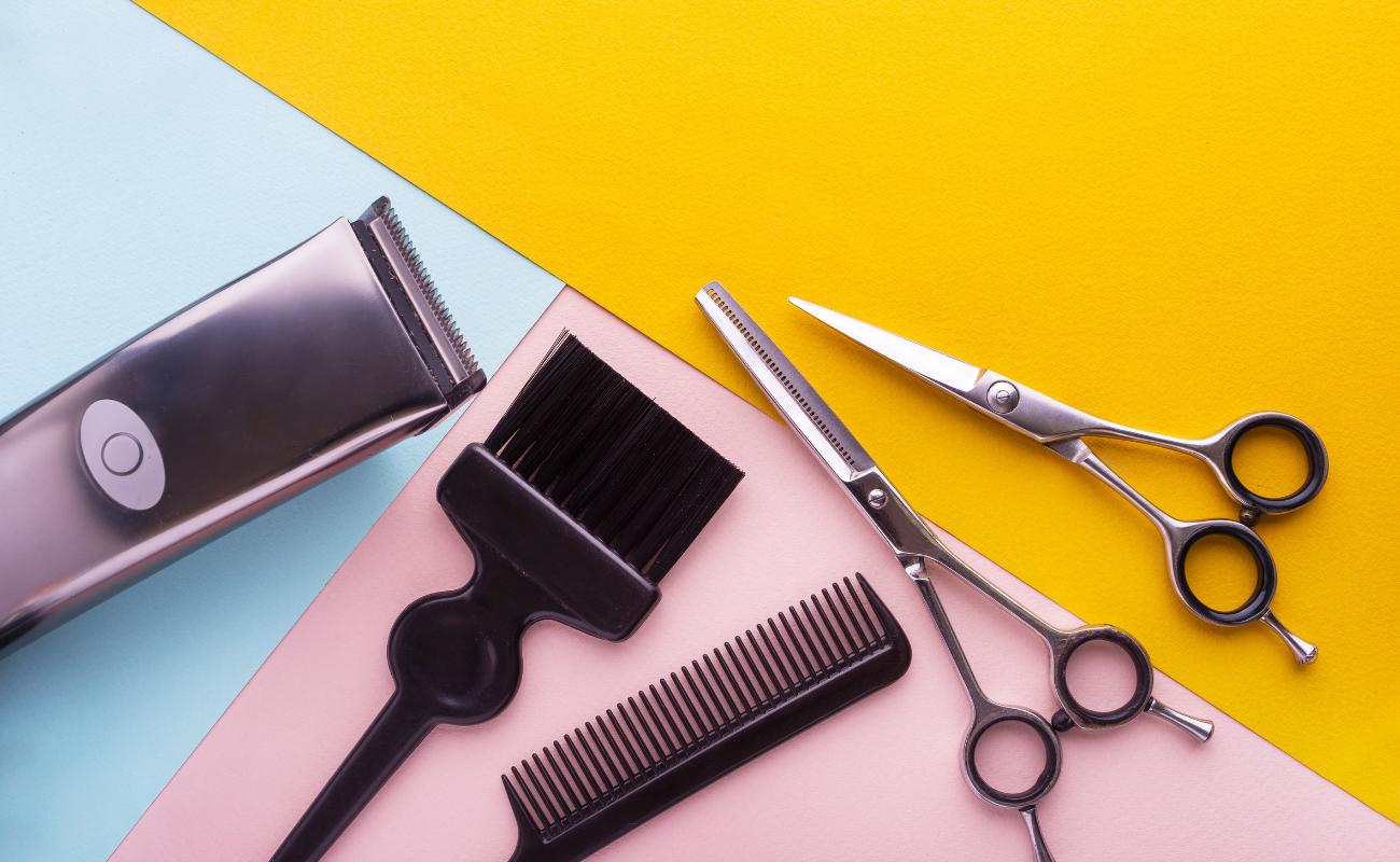 Comment gérer ses cheveux confinés - Canva - Boulettes Magazine